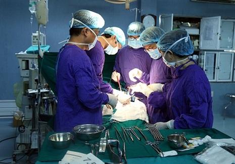 bệnh viện 103 chuyên về gì