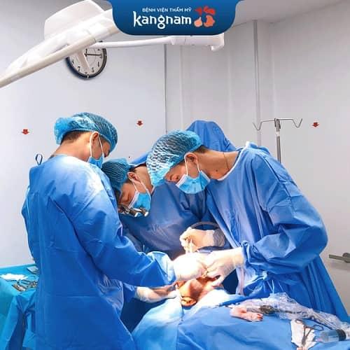 nâng mũi cấu trúc an toàn phụ thuộc bác sĩ